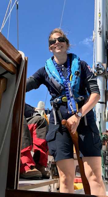 Kate Mills sails on Gipsy Moth IV