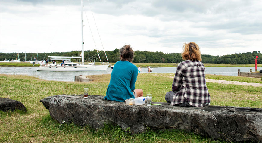 Watching the boats on Beaulieu River
