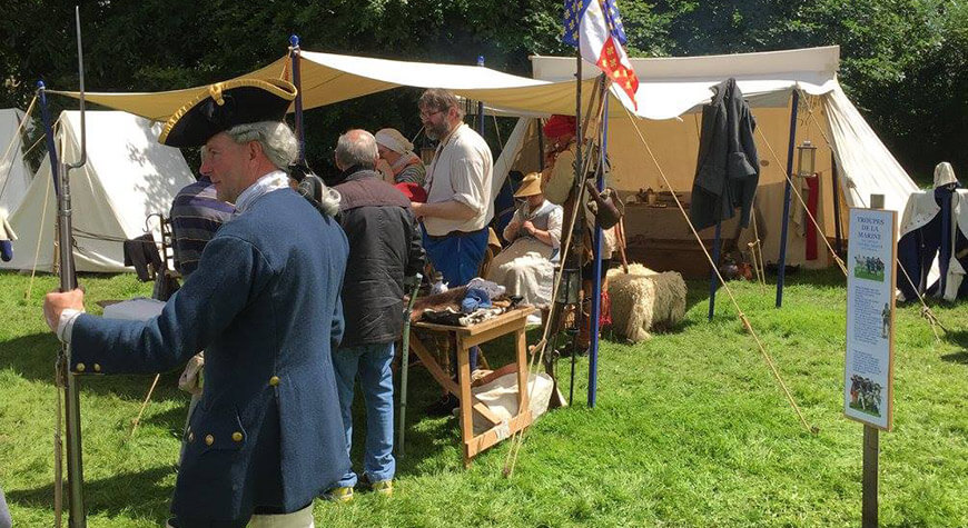 Soldiers & Skirmishes - New France & Old England camp